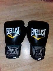 боксёрские перчатки Everlast (Новые)